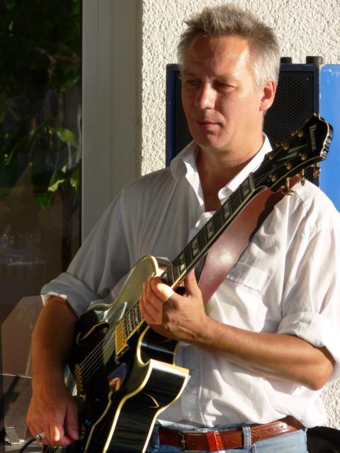 Gitarrenunterricht bei Rolf Tönnes