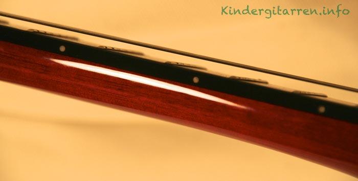 Ortega-r121-3/4-Kindergitarre - Saitenlage